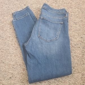Ladies Gap Athletic True Skinny Ankle Jeans 28R